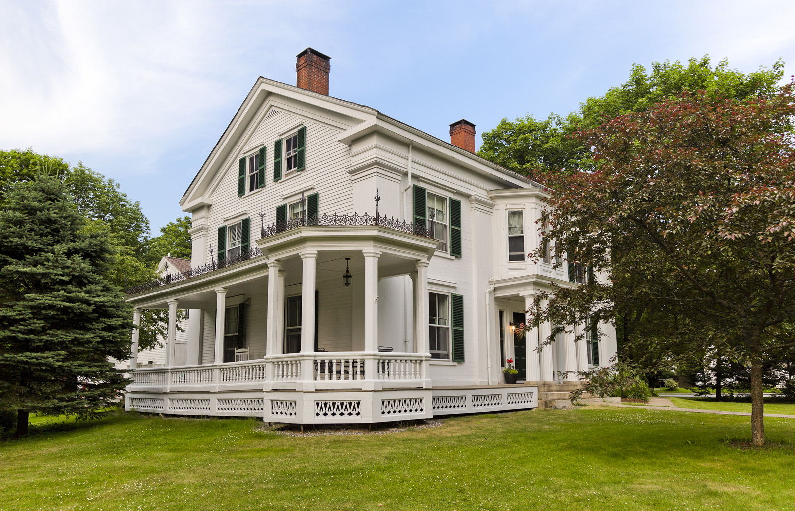 Maine historic homes preservation easements maine for Maine home builders